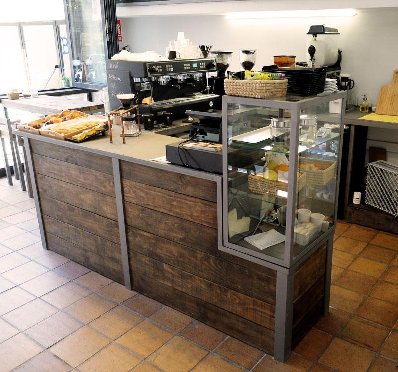 Mostradores y r tulos barcelona muebles a medida for Mobiliario para cafes