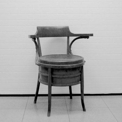 Manualidades en barcelona iniciaci n al bricolaje - Taller restauracion muebles ...